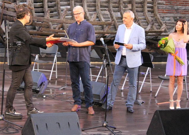 """Художникът Стефан Касъров беше отличен със """"Златна четка"""""""